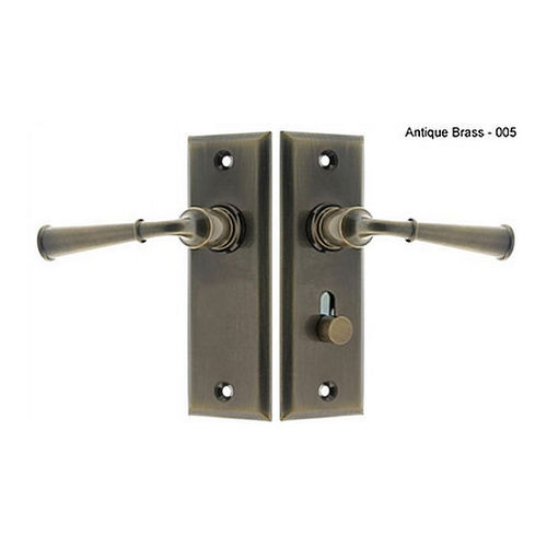 IDH 21262-005 Rectangular Escutcheon Storm Door Latch (Dual Lever), Antique Brass